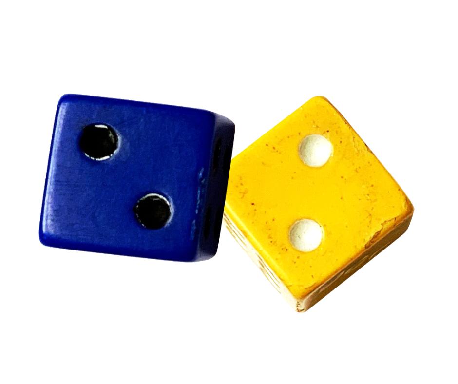 1 blue die, 1 yellow die